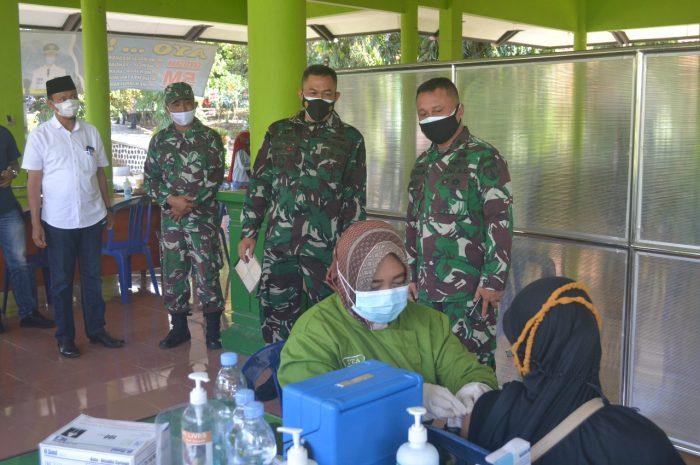 Tim Pengawas PPKM Darurat Tinjau Serbuan Vaksinasi Kodim 0804/magetan